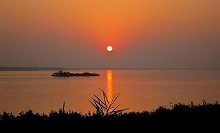 2.1300474081.ganges-sunset