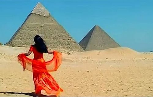 Bollywood+pyramids
